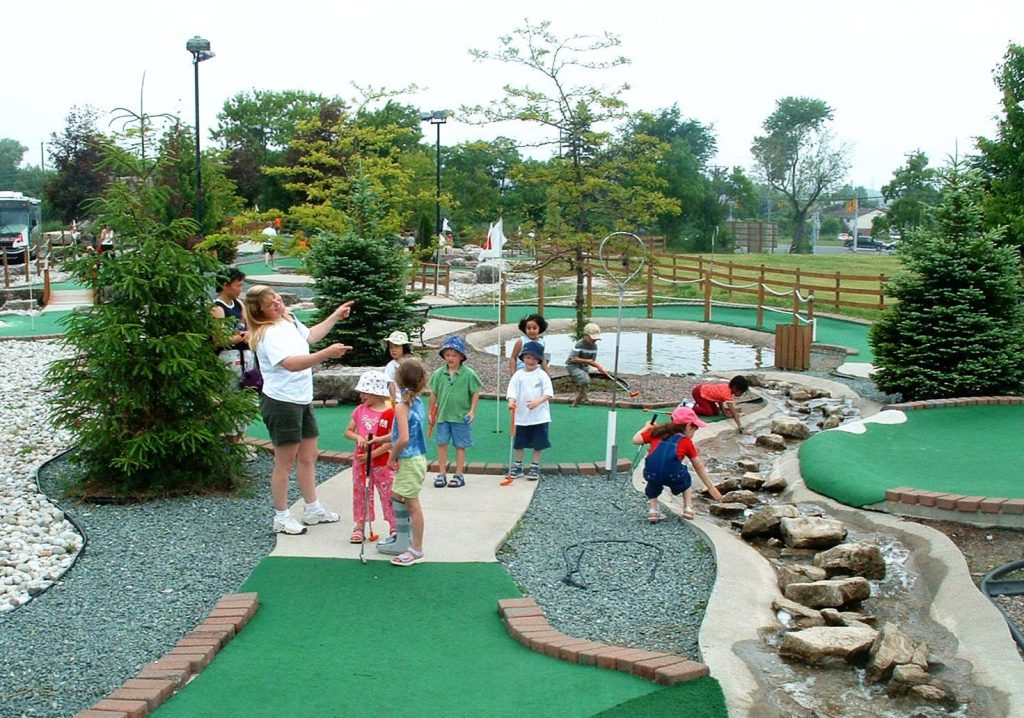 Within range miniature_golf