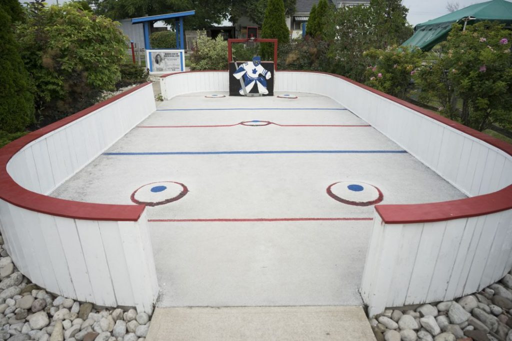 Vic Hadfield hockey-themed mini-golf course