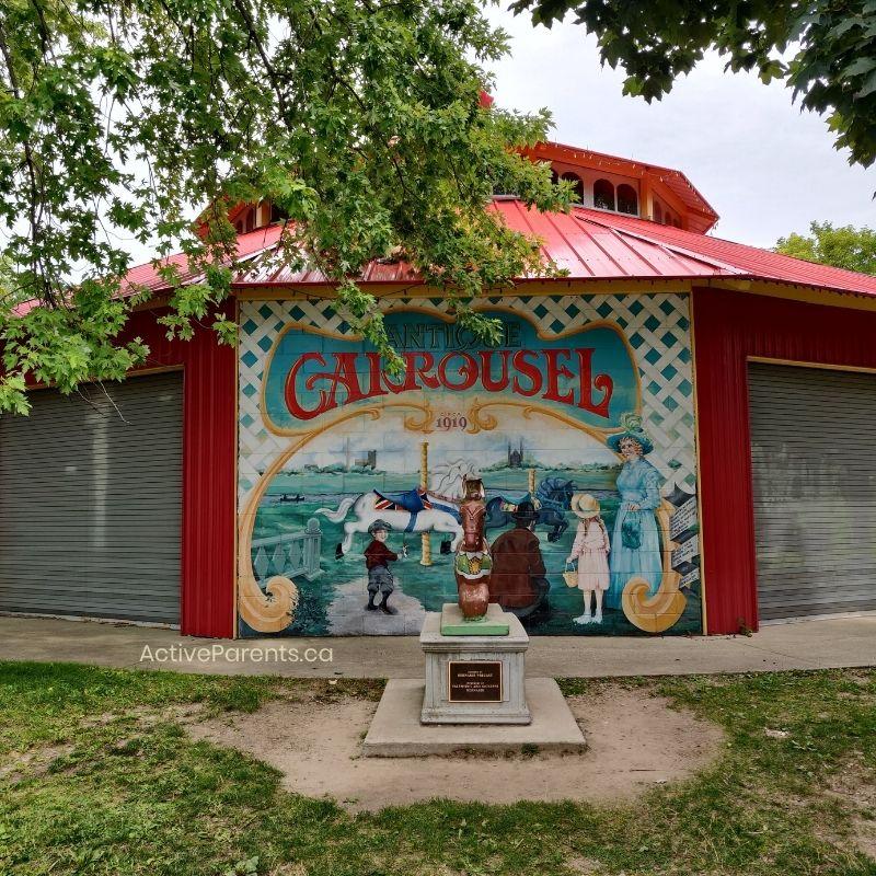 The carousel at Riverside Park