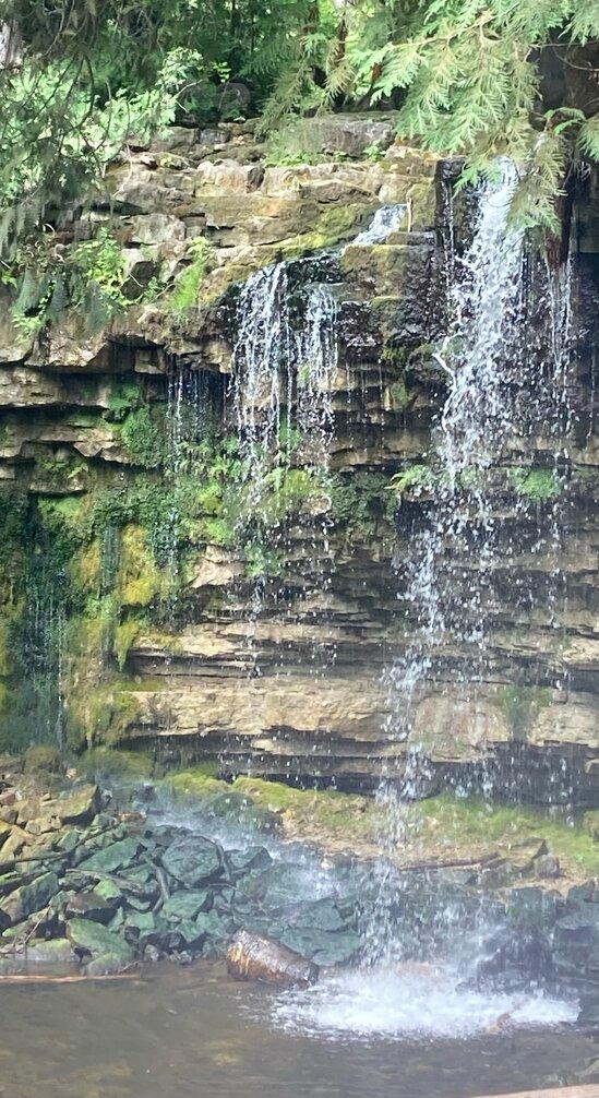 hilton falls and ruins in milton ontario